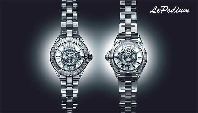 Бренд Chanel представил шикарные часы J12 с бриллиантами и сапфирами